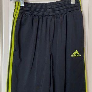 Adidas Boys L Black Sweatpants Yellow trim EUC